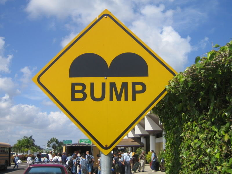 800px-Belize_Speed_Bump_Sign.jpg