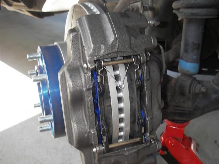 83450d1280435330-tundra-brake-upgrade-ra_a8b9cc6892563fff18ce007da5383f79a651bcaf.jpg