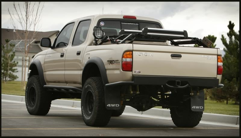 Locking Bed Cover For Toyota Tundra
