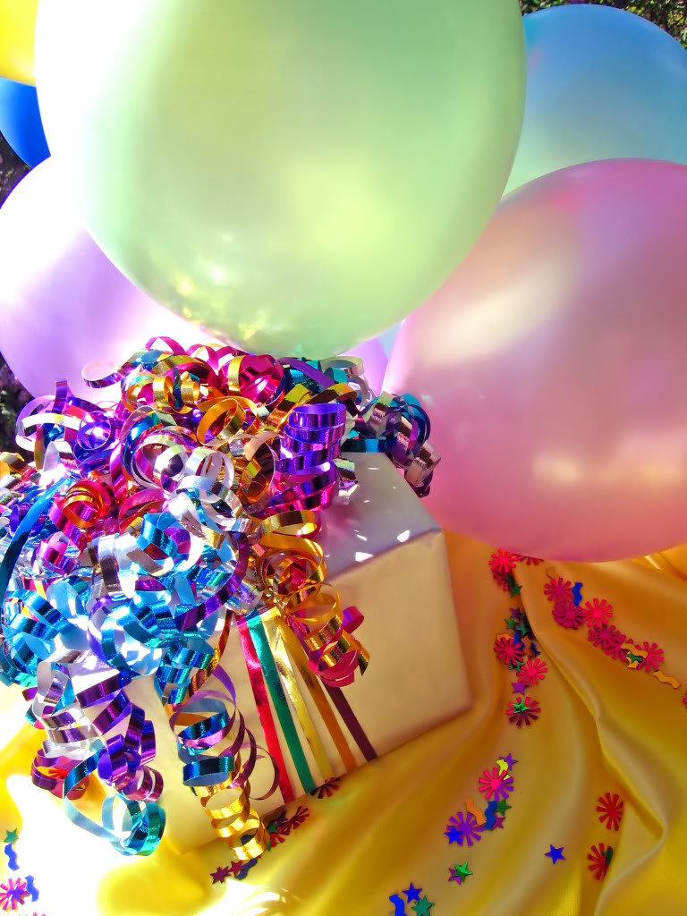 happy_birthday_background_24202053_3f6d482c4726a3ceb461d7d8a30b9f55b694fe48.jpg
