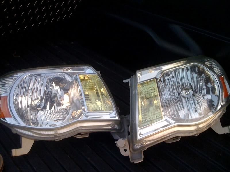 headlights_374601c542ae4f6db253758a787069a9e56b89bb.jpg