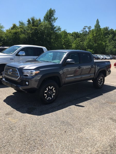 whats the biggest tires for a stock tacoma autos post. Black Bedroom Furniture Sets. Home Design Ideas