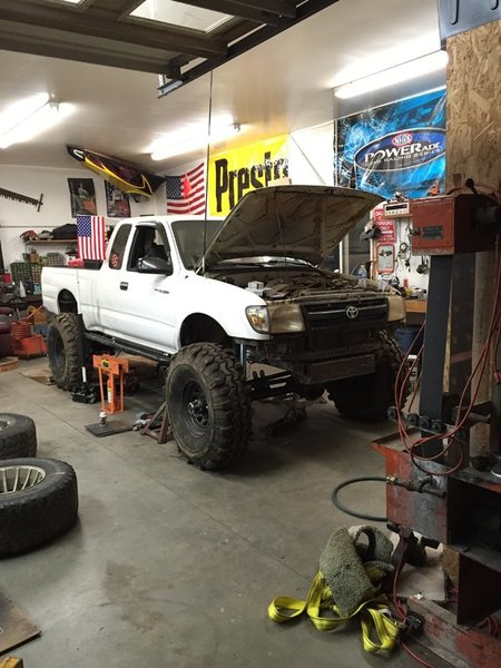 Yota4Evers 3-link Straight axle conversion | Tacoma World