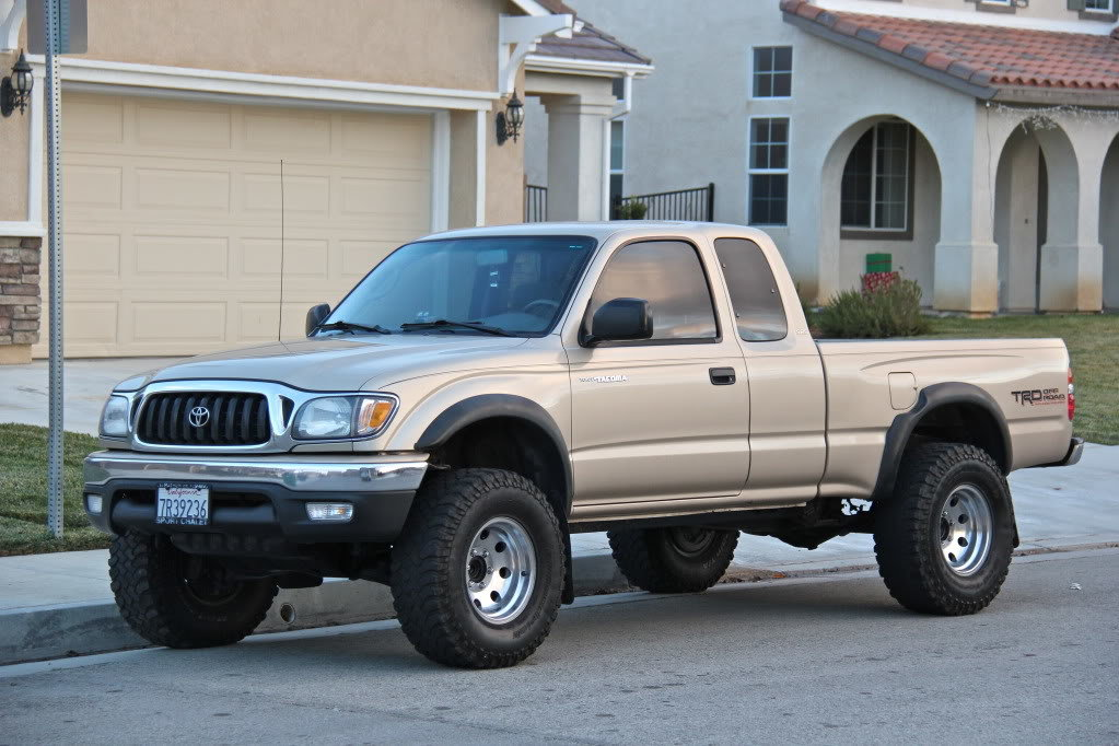 clean lifted 2001 toyota tacoma trd v6 extended cab automatic tacoma world. Black Bedroom Furniture Sets. Home Design Ideas
