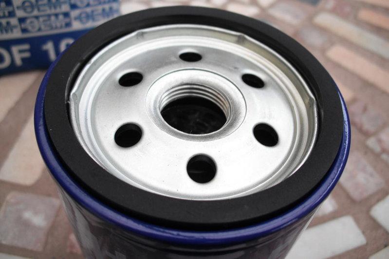 OEM oil filter 003.jpg