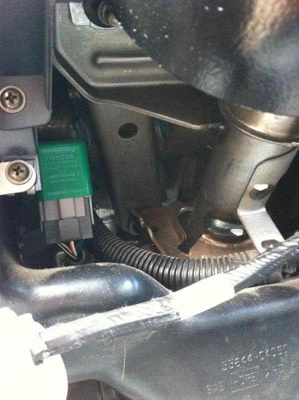 03 Tacoma 2 4 liter   fuel pump relay location / long time