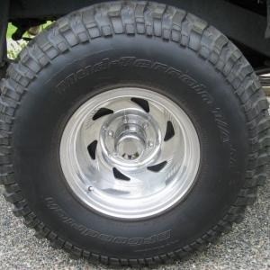 BFG 35/12.50/16 tires