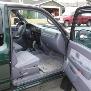Toyota_inside_passenger