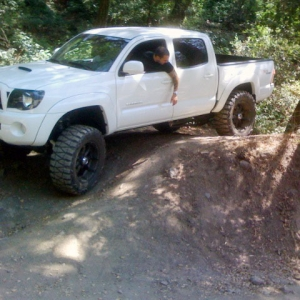 "White Tacoma 07 Sport, 6"" Lift, Black Headlights, Off roading"