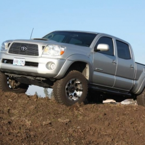 Tacoma_in_mud_11_