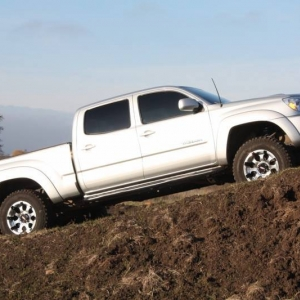 Tacoma_in_mud_14_