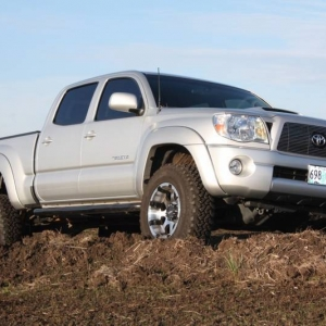 Tacoma_in_mud_17_