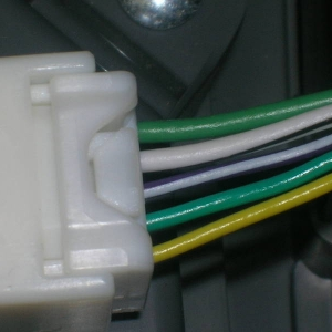 Wires on my temperature/compass plug