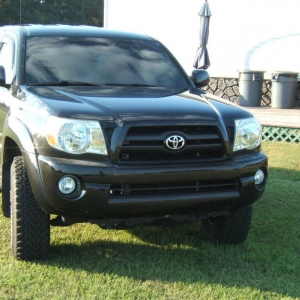 05 tacoma front and side pics