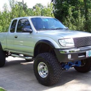 2000 tacoma