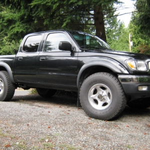 truck_an_truck_wheels_010
