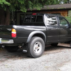 truck_an_truck_wheels_008