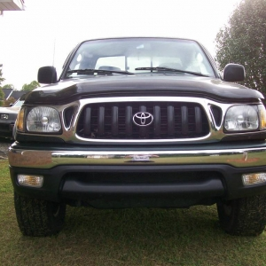 Frontal View of my 2002 Tacoma