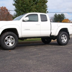 "TUFF COUNTRY 3"" WITH 285'S"