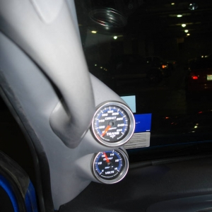 Volt and Trans gauges in the daytime