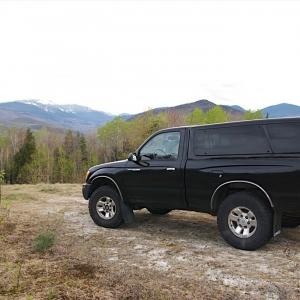 2000 Regular Cab 4x4 2.7L Black