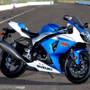 2009-Suzuki-gsx-r1000-track-9