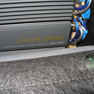 Amp_powering_F_R_e3_65i_components