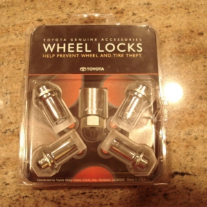 Wheel_locks_for_the_thieves