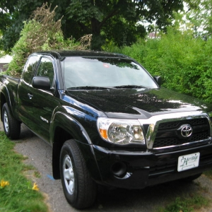 2011 Black Access Cab 4x4 SR5