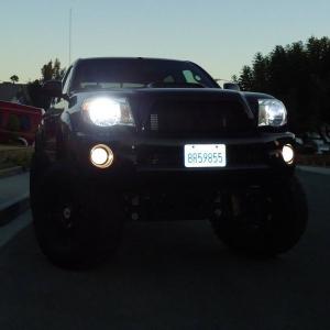 08 Tacoma PreRunner, Black