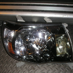 passenger head light