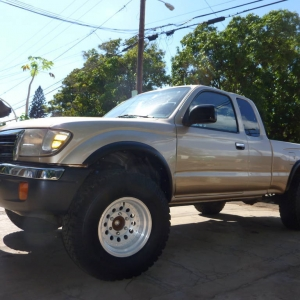 "My ""new"" used 2000 Tacoma PreRunner SR5"