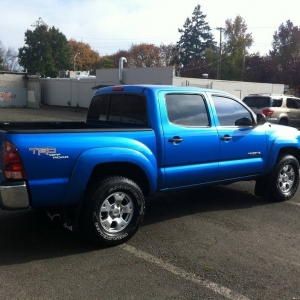 06 Dbl Cab TRD OR Speedway Blue
