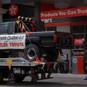 back_to_the_future_truck_pic_copy