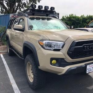Toyota_Tacoma_2016_Yakima_Load_Warrior_Install_032019