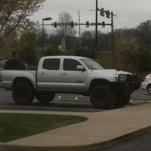 Spotted in Franklin, TN. Are those glassworks fenders?