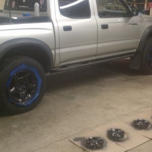 Repainting wheels and sliders. Already rebedlined bumpers.