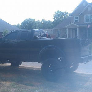 These all mg brothers friends trucks must be nice to have money