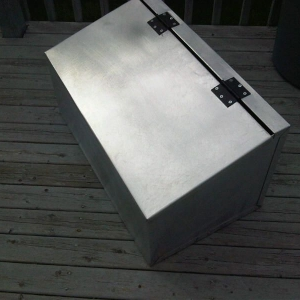 Sanding and de-galvanizing the tool box