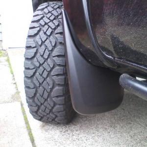 Husky Front Mud Flaps 05+ Tacoma