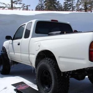 truck_in_mammoth