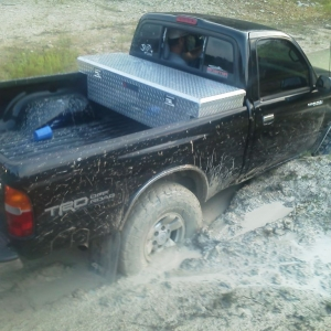 This is sidewinder10 stuck...his front passenger tire dug a hole and he sat