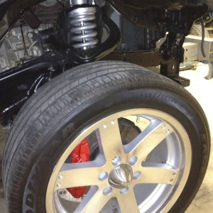Tacoma xsp, toytec ultimate lift, painted red calipers