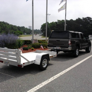 Aluma 548 trailer