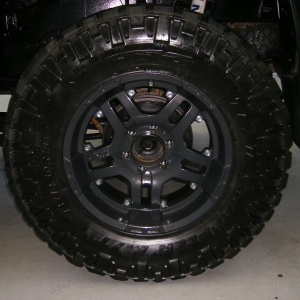 """18"""" ATX wheels and Nitto Trail Grapplers (35 x 12.50"""