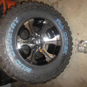 Cepek DC-2 Wheels & Mud Country Tires