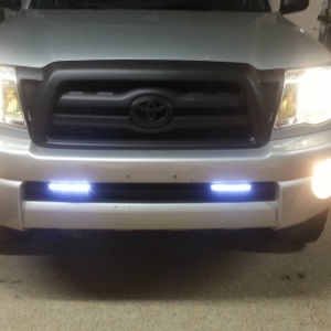 blacked out grill and led running lights