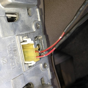 back wiring connection of 4Runner light/mirror unit