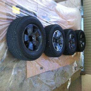Blacking out factory wheels