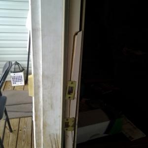 Broken Door Frame2